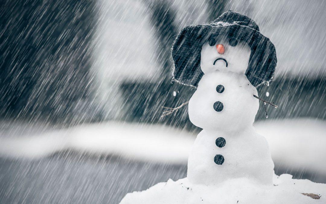 Poor Sad Snowman Stock Photos - Image: 14699843  |Sad Melting Snowman